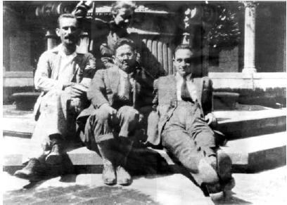 Fermi in Arcetri (Florence). From left to right: Franco Rasetti, Rita Brunetti, Nello Carrara, Enrico Fermi.